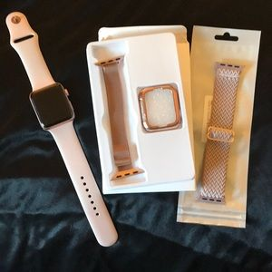 Apple Watch Series 3 Rose Gold~Charger/New Bands!!